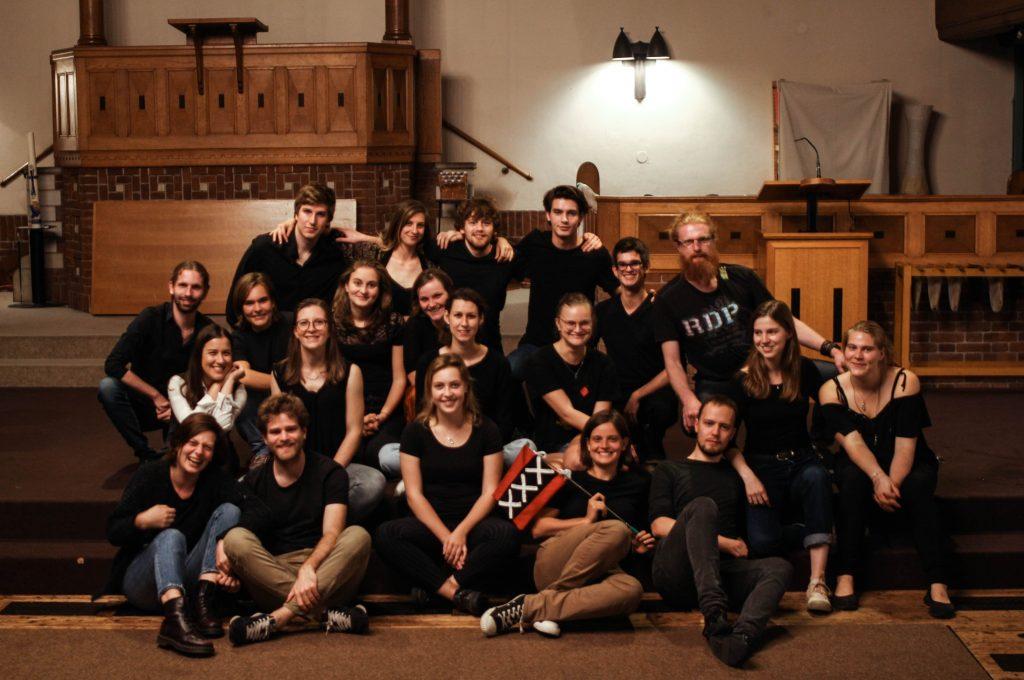 Choir pic 1-min